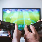 Online vs. Off-line Gaming